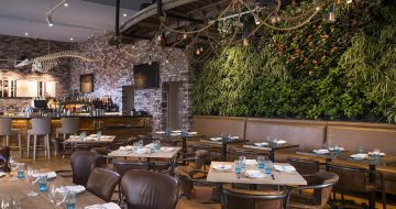 Herringbone_Waikiki_Main_Dining_Room_Living_Wall